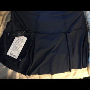 Lost in pace lululemon skirt